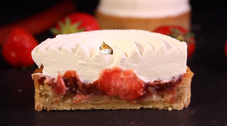 Tarte-fraises-rhubarbe-yuzu05